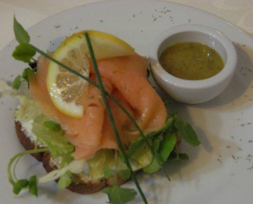 Delicious lunch and dinner - La Mirage Parador