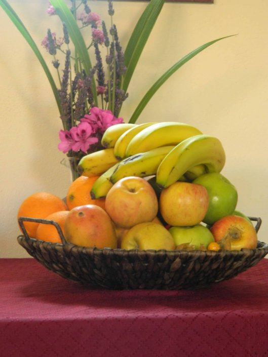 Fresh fruit for guests - La Mirage Parador