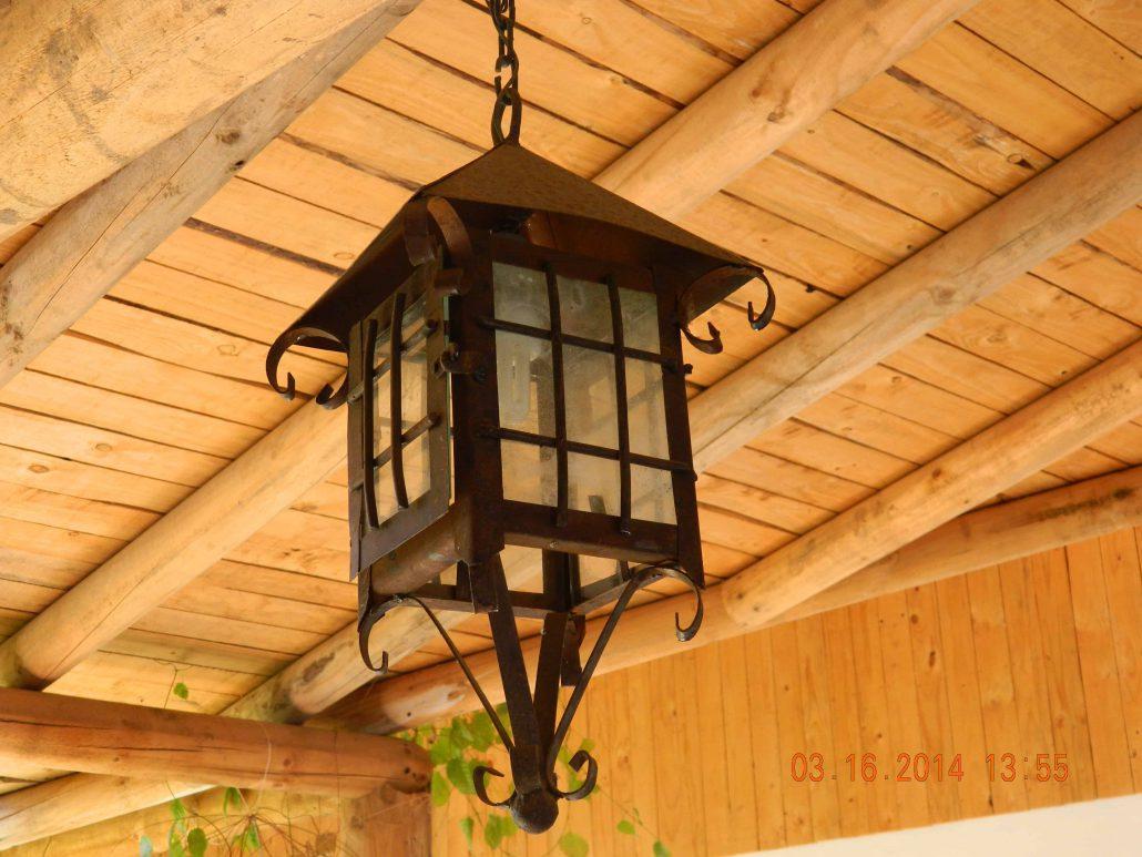 Lámpara estilo colonial - La Mirage Parador